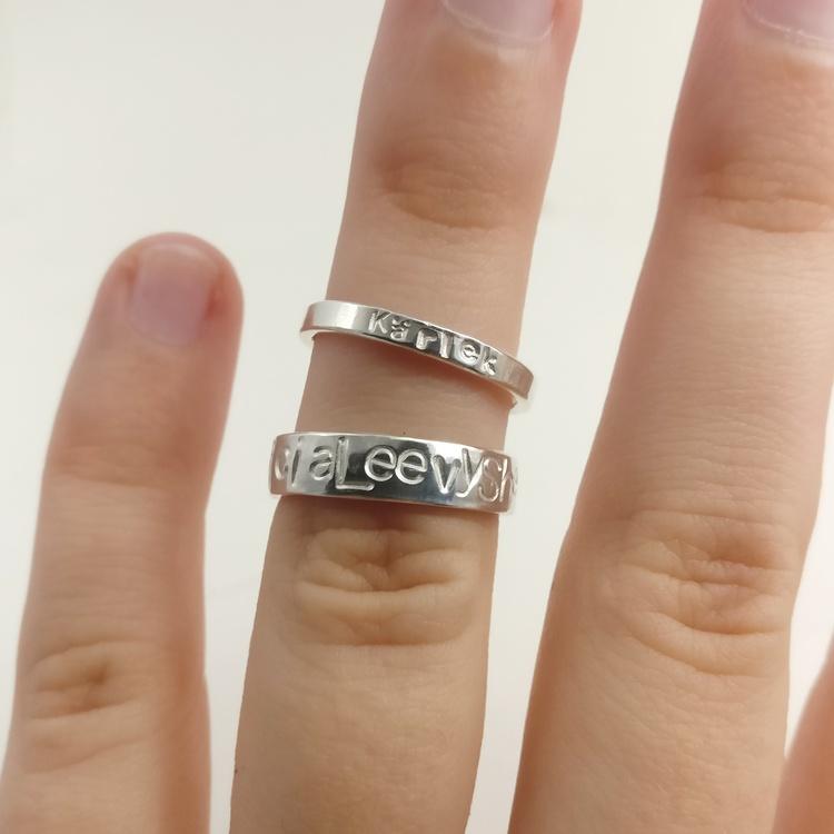 2,5 mm ring i Återvunnet Silver. Handgjord.