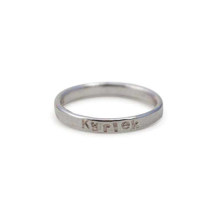Ring 2,5 mm med Egen Text eller Namn i Återvunnet Silver
