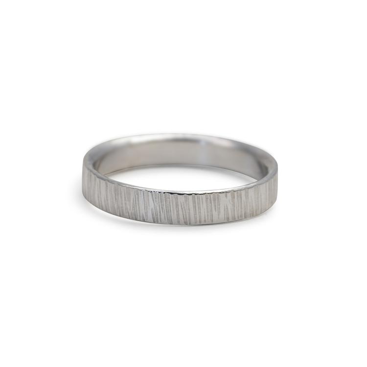 Ring 4,5 mm i Återvunnet Silver. Handgjord.