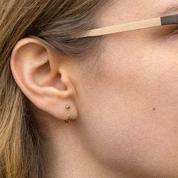 18K Guld Mini Huggies Örhängen i Återvunnet rödguld eller Vitguld