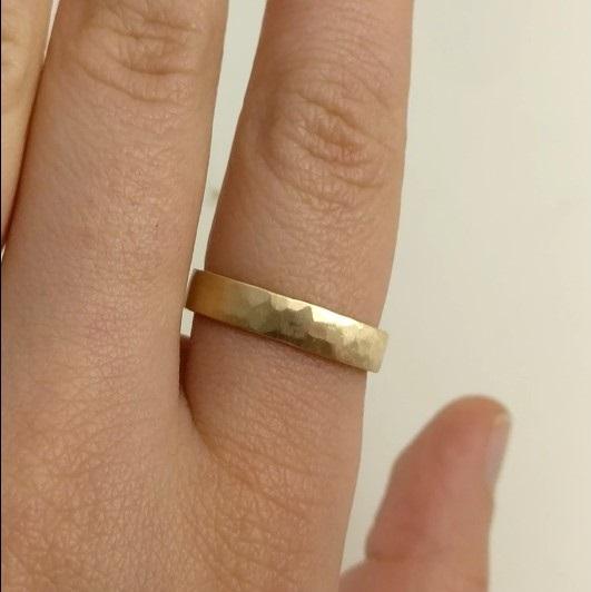 vigselring man återvunnet guld handgjord