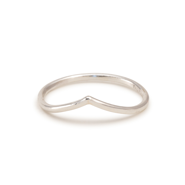 V Ring Tunn  1,3 mm Återvunnet Silver Chevron