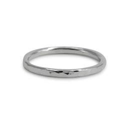 Ring Hamrad 1,8 mm i Återvunnet Silver