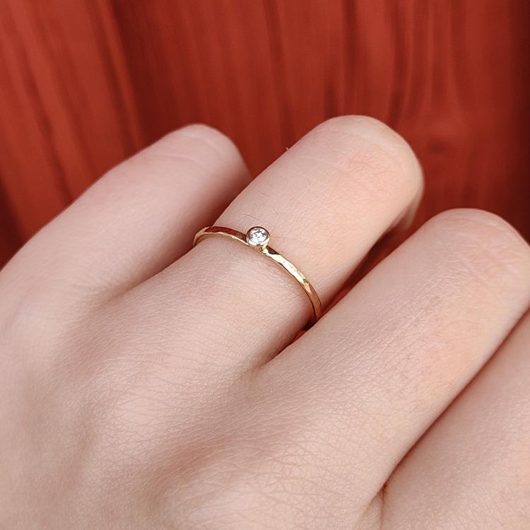 Handgjord guldring Diamant Återvunnet guld Modell