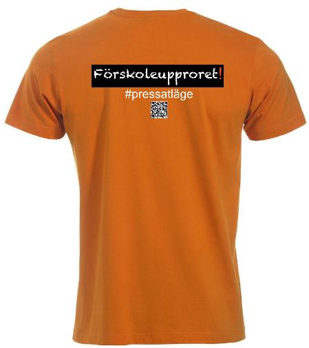 """T-shirt """"Förskoleupproret!"""" """"FYNDHÖRNAN"""""""