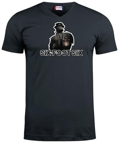 "Svart V-hals T-shirt ""PESTDOKTOR"""