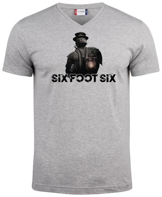 """Grå V-hals T-shirt """"PESTDOKTOR"""""""