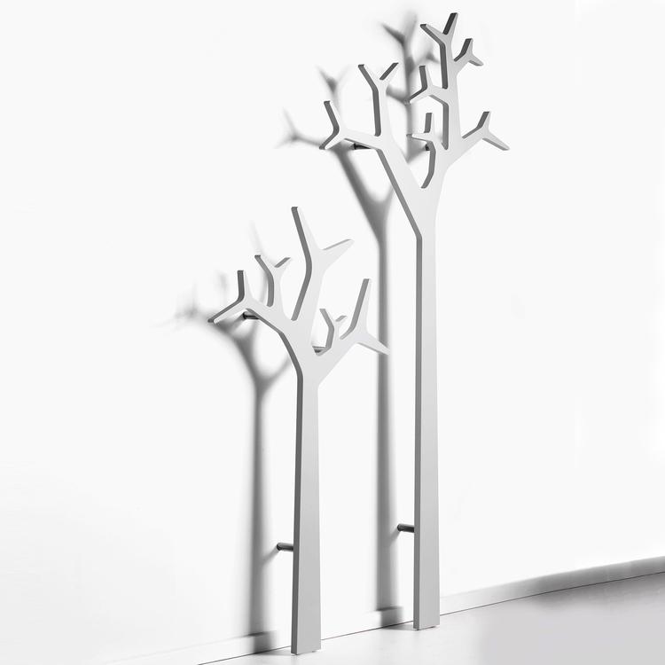 Tree rockhängare vägg