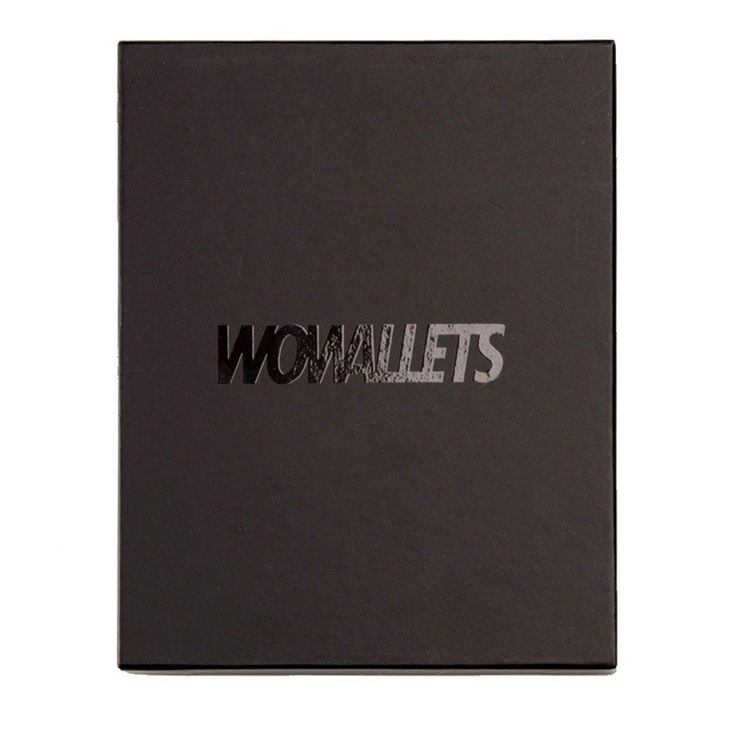 Presentask i svart utförande för plånbok med texten Wowallets i svart glans