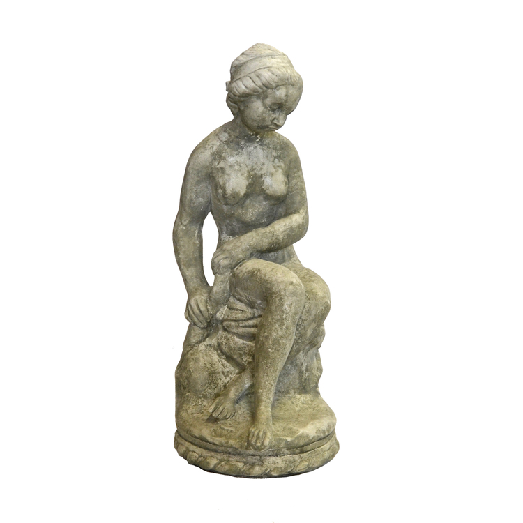 Staty Sittande Kvinna