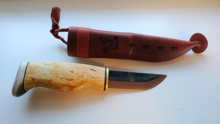 En grov kniv för stora händer