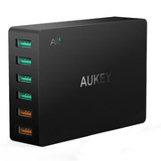 Aukey mobilladdare - 6 uttag & Quick Charge 3.0 - fynd