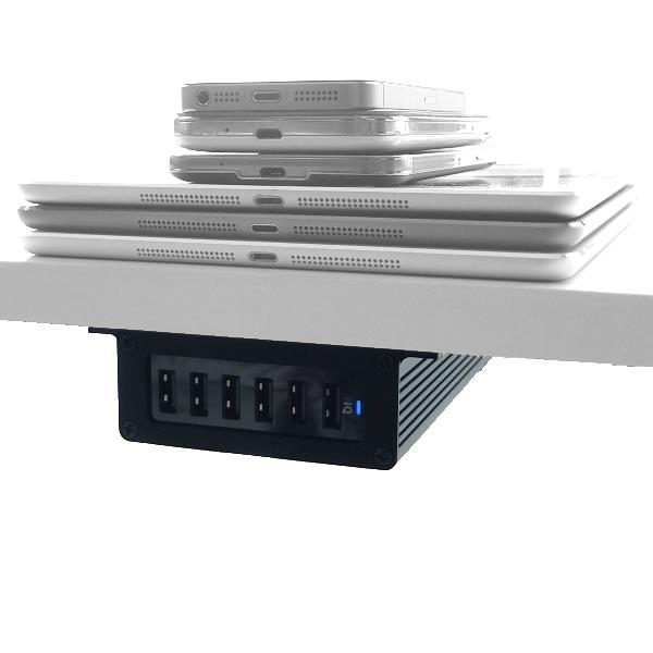 Monterad fäste med PowerPort 6 mobilladdare med mobiler