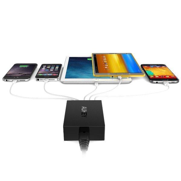Aukey mobilladdare med 5 uttag laddar 5 telefoner och surfplattor samtidigt
