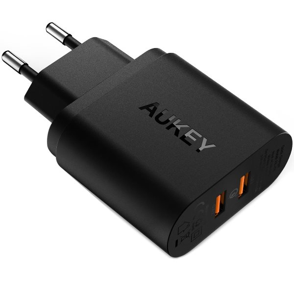 Aukey mobilladdare med 2 uttag med Quick Charge 3.0