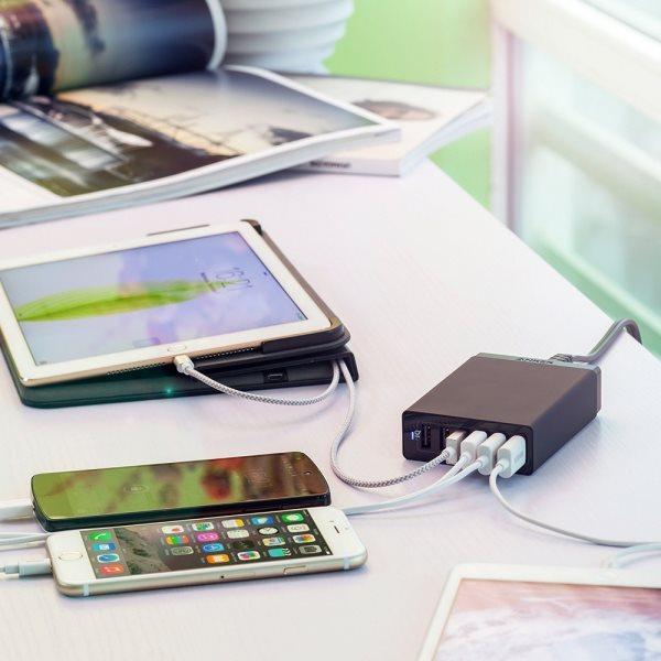 Anker PowerPort 6 mobilladdare med 6 uttag för telefoner och surfplattor av alla märken
