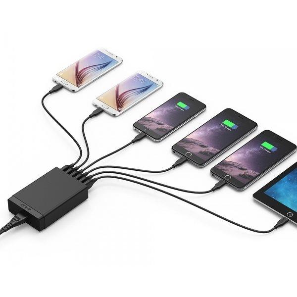 Anker PowerPort 6 mobilladdare som samtidigt laddar sex telefoner