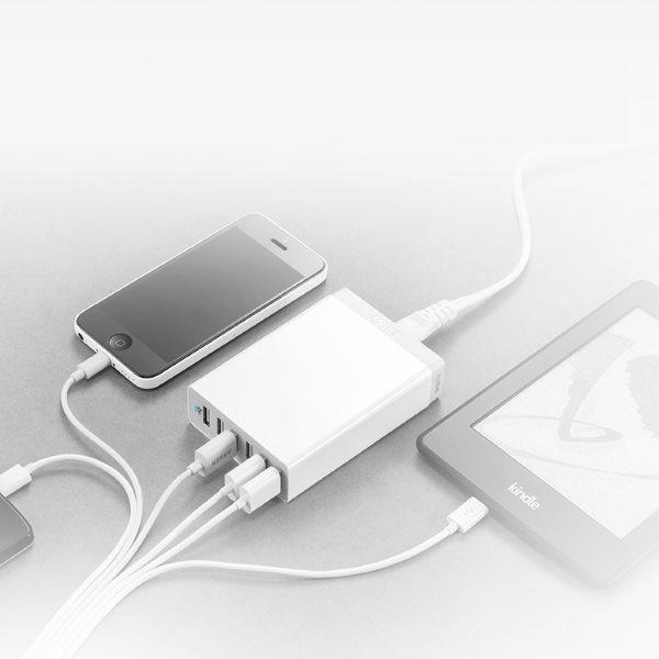 Anker PowerPort 6 mobilladdare med 6 uttag laddar alla telefoner och surfplattor