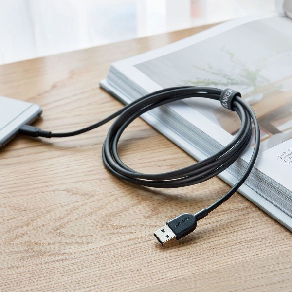 Anker PowerLine II Dura 180cm svart laddar telefon