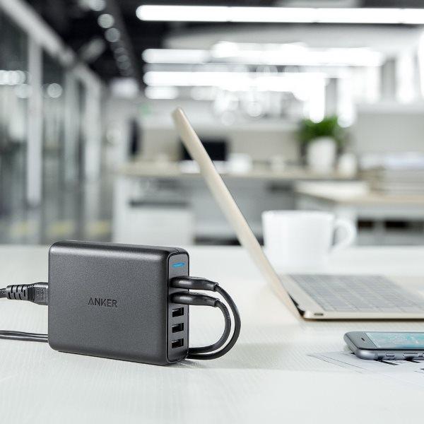 Anker PowerPort Speed 5 - Mobilladdare med Quick Charge uttag i hemmet