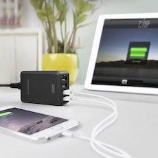 RAVPower mobilladdare med 4 uttag