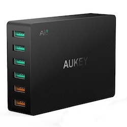 Aukey mobilladdare - 6 uttag & Quick Charge 3.0
