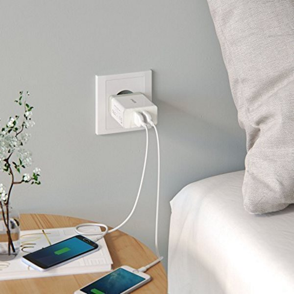 Anker mobilladdare med 2 uttag - i vägguttag - vit