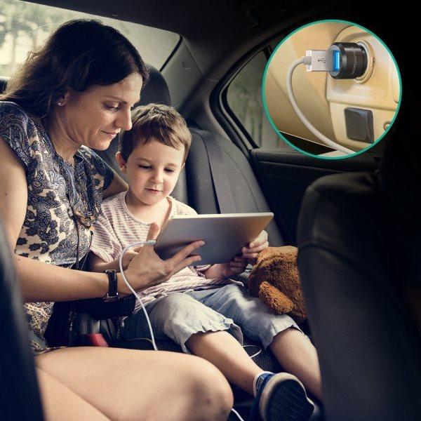 RAVPower billaddare 2 uttag för laddning i bilen