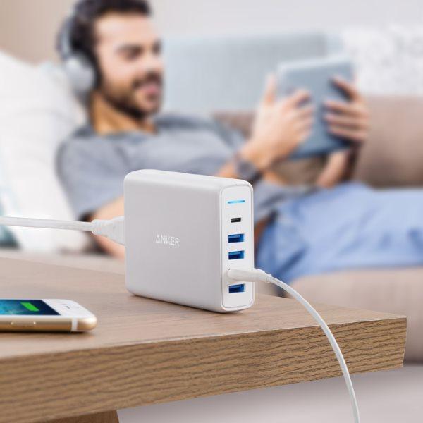 Anker PowerPort Speed Power Delivery 5 mobilladdare - vit med statuslampa