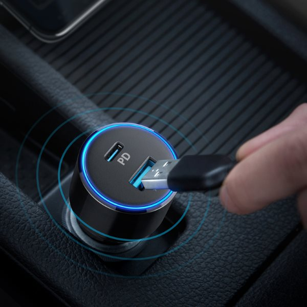 Anker PowerDrive Speed 2 USB-C mobilladdare för bilen läcker design