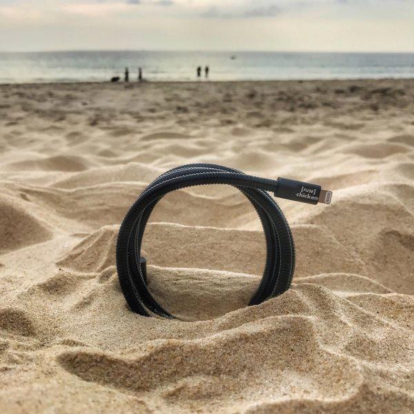 Fuse Chicken Titan plus Lightning 150cm svart på stranden