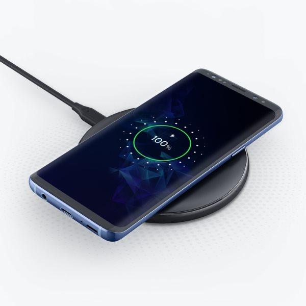 Anker PowerWiave Pad 10W trådlös mobilladdare laddar Samsung
