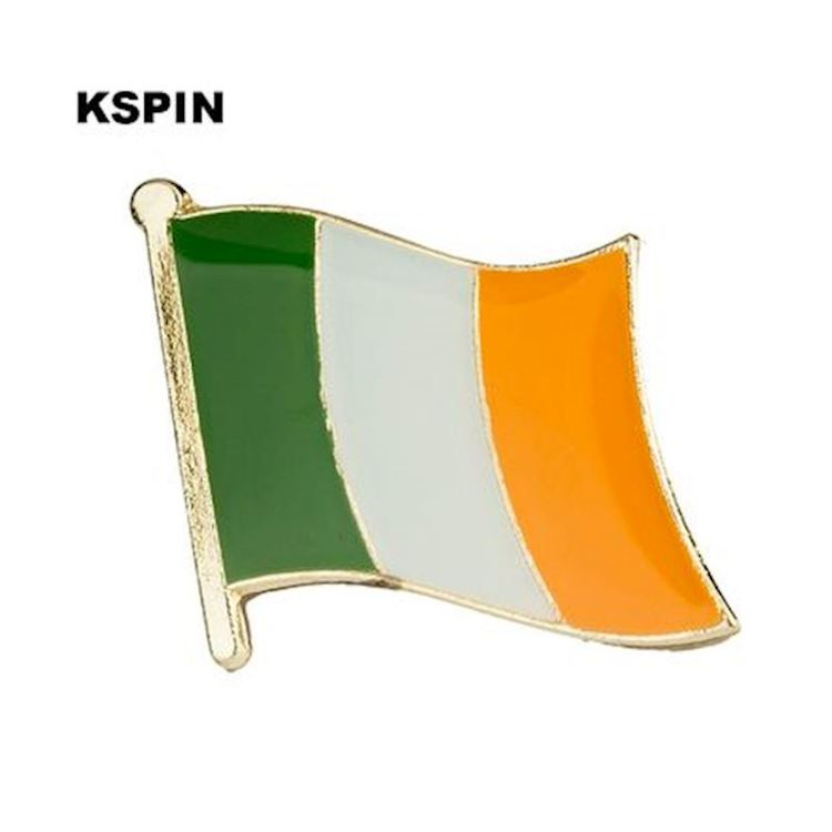 Irland flaggpin  Material: Metall Storlek: 1.6 cm x 1.9 cm