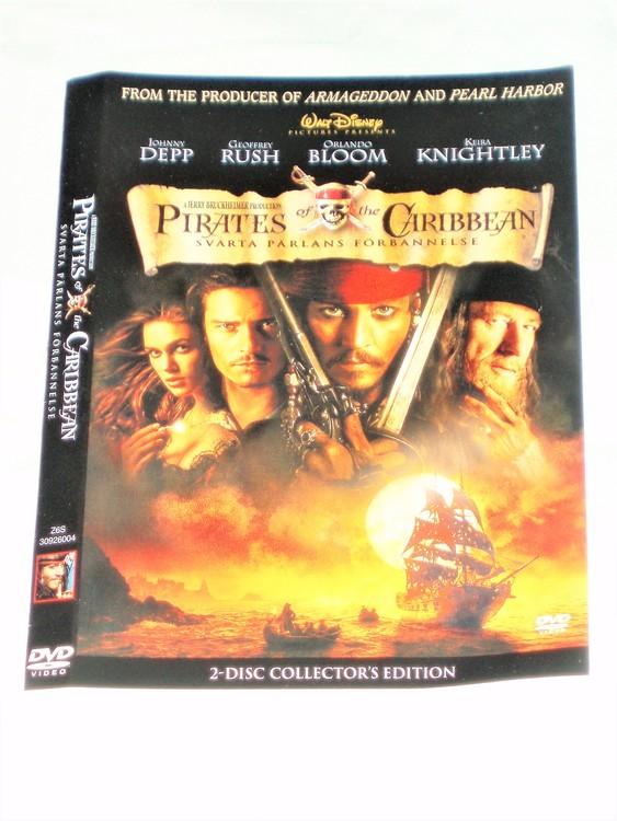 DVD Pirates of Caribbean skiva och omslag svensk text,normalt begagnat skick.