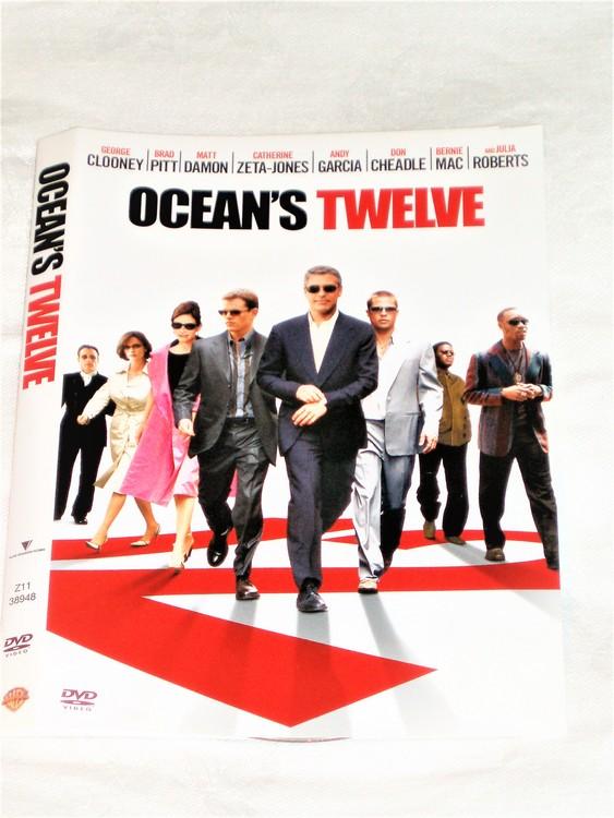 DVD Ocean´s Twelve skiva och omslag svensk text,normalt begagnat skick.