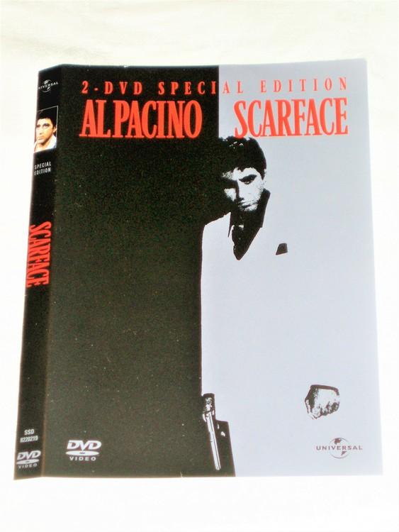 DVD Scarface skiva och omslag svensk text,normalt begagnat skick.