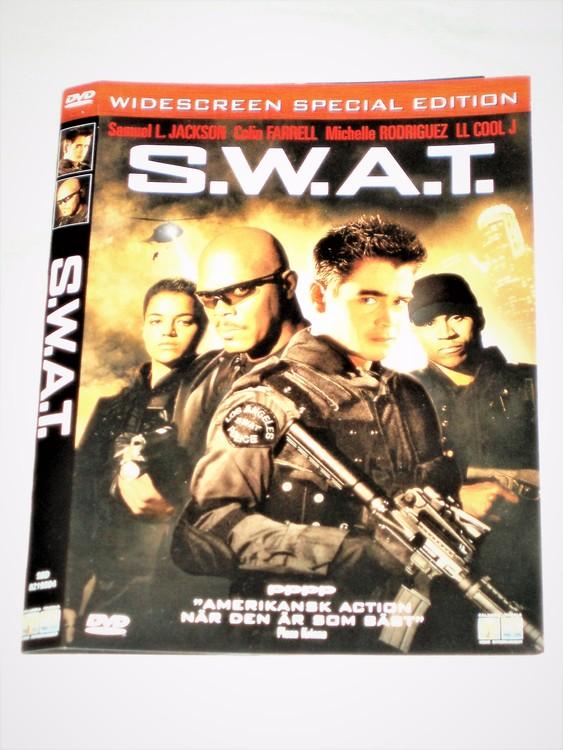 DVD S.W.A.T. skiva och omslag svensk text,normalt begagnat skick.