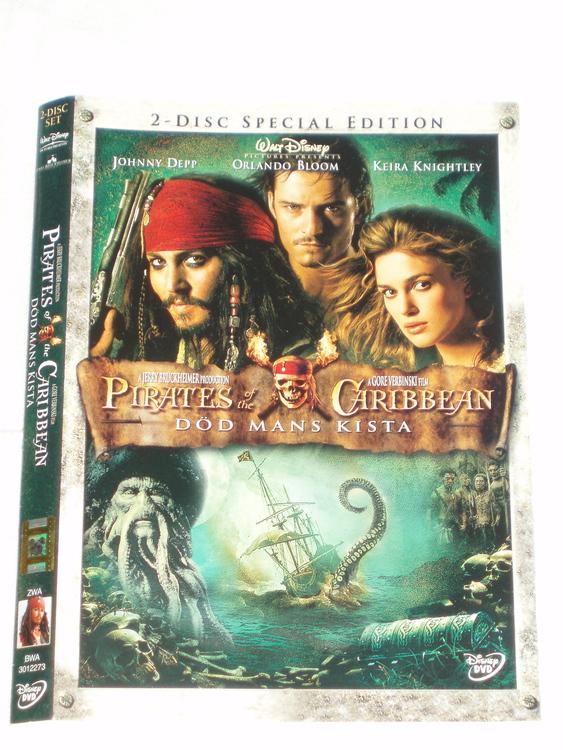 DVD Pirates of Caribbien skiva och omslag svensk text,normalt begagnat skick.