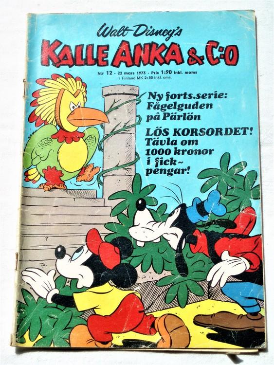 Kalle Anka&Co nr12 1973 bra skick,adressetikett baksida,rygg sliten.