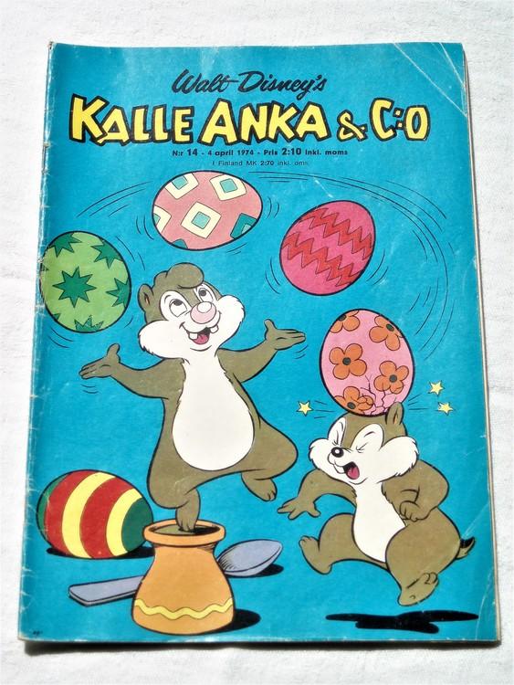 Kalle Anka&Co nr14 1974 bra skick,adressetikett baksida rygg mer sliten.