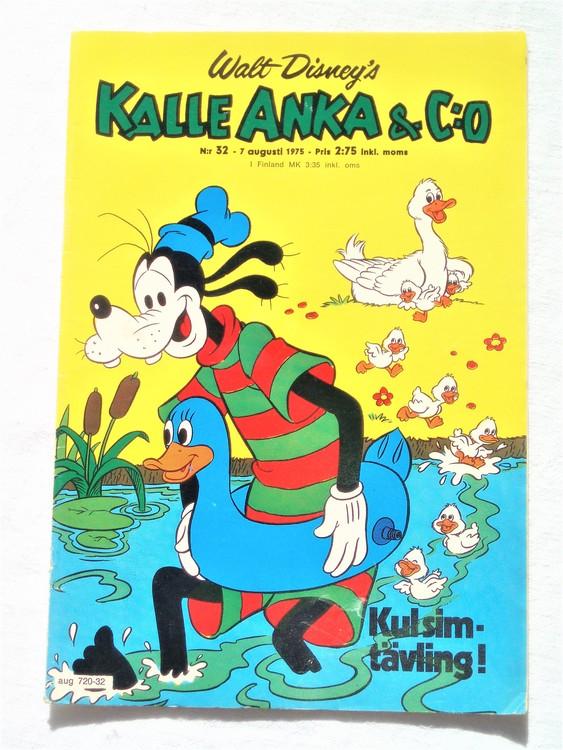 Kalle Anka&Co nr32 1975 mycket bra skick,med små defekter.