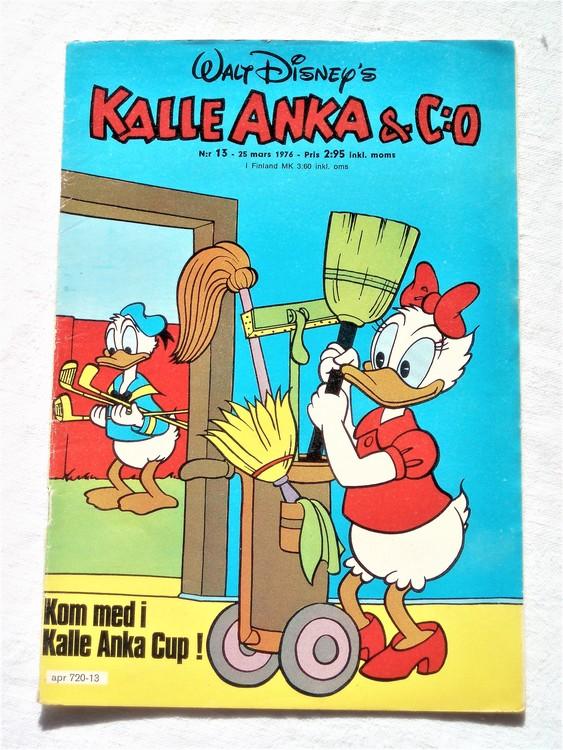 Kalle Anka&Co nr13 1976 mycket bra skick,med små defekter.