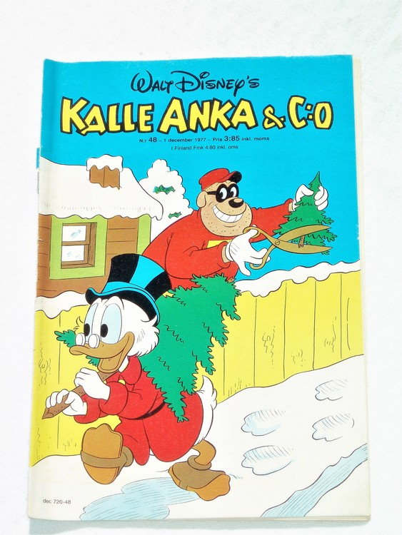 Kalle Anka&Co nr48 1977 mycket bra skick,adressetikett baksida.