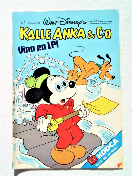Kalle Anka&Co nr4 1982 bra skick,lite små skavanker finns.