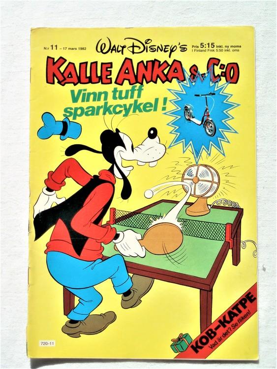 Kalle Anka&Co nr11 1982 bra skick,lite små skavanker finns.