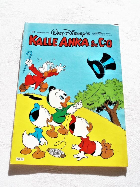 Kalle Anka&Co nr 44, 1981 mycket bra skick adressetikett baksida data.