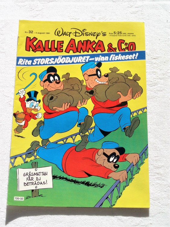 Kalle Anka&Co nr 32, 1981 mycket bra skick adressetikett baksida data.