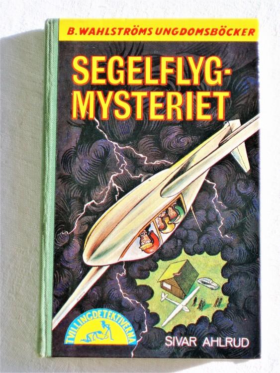 """Tvillingdetektiverna """"Segelflyg Mysteriet"""" Sivar Ahlrud mycket bra skick."""