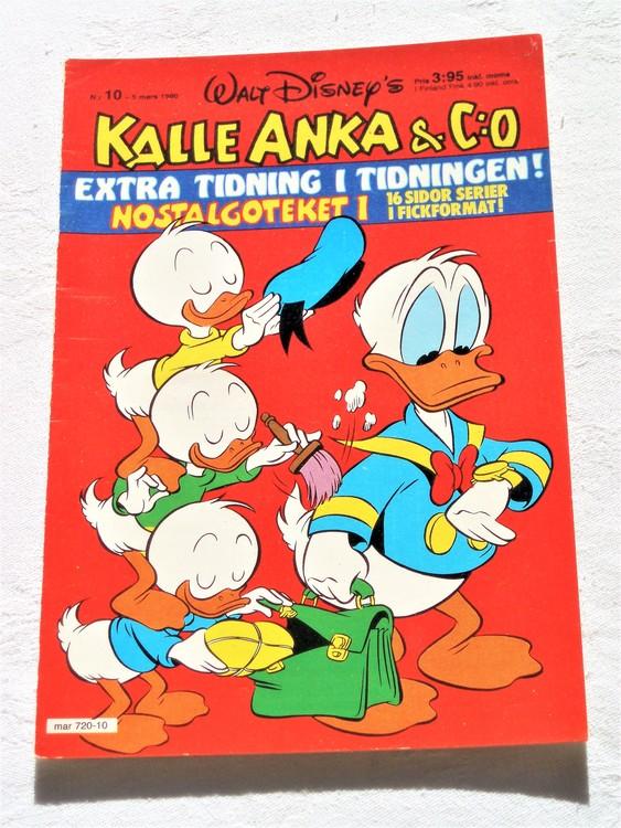 Kalle Anka&Co nr10,1980 mycket bra skick,ryggen sliten,lite småskador finns.