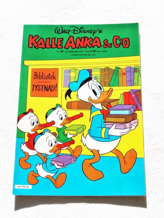 Kalle Anka&Co nr38 1977 mycket bra skick,adressetikett baksida.
